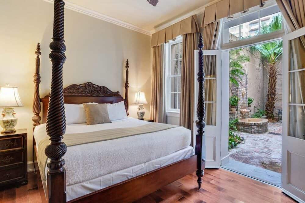 Romantic getaway New Orleans