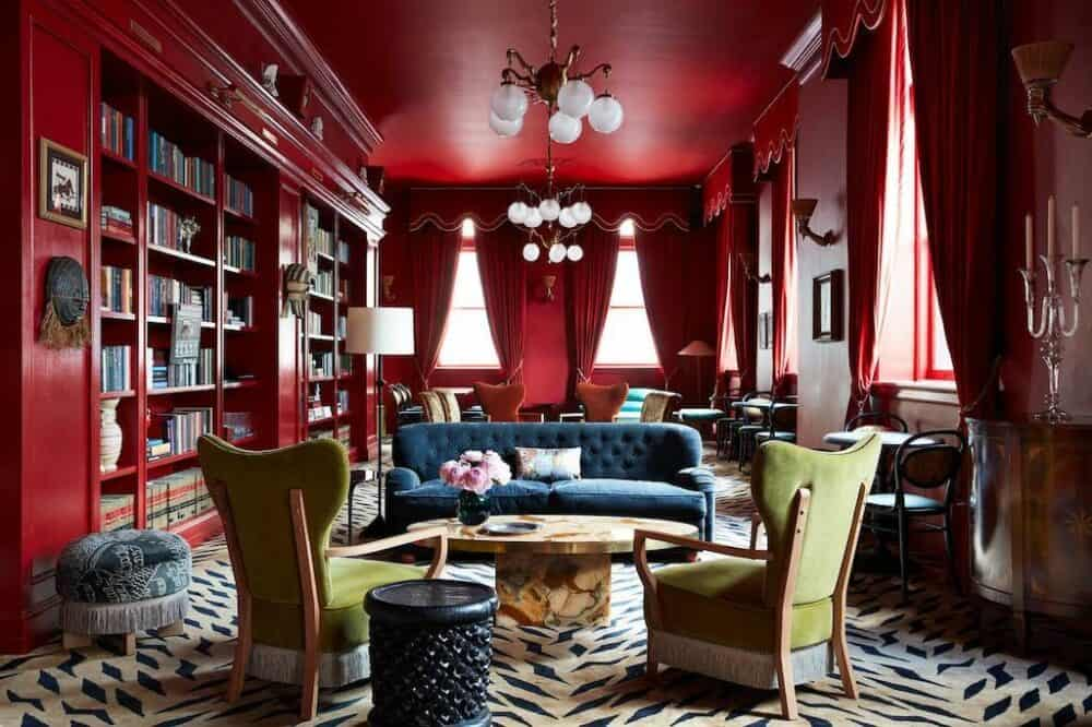 Romantic Hotel New Orleans
