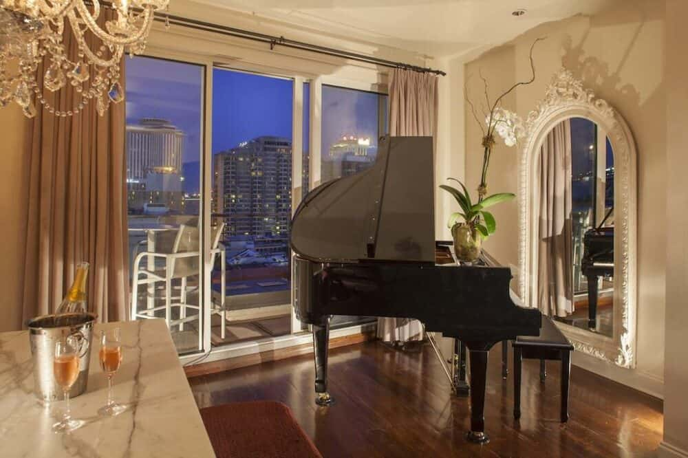 Ultra romantic hotel in New Orleans