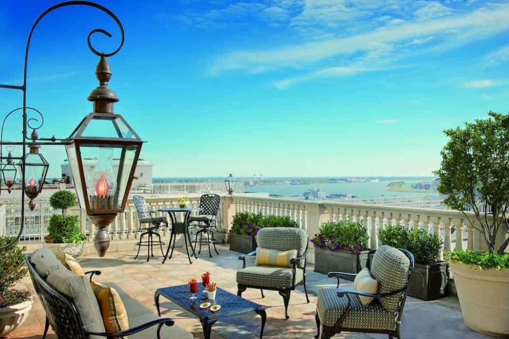 Upscale romance in New Orleans
