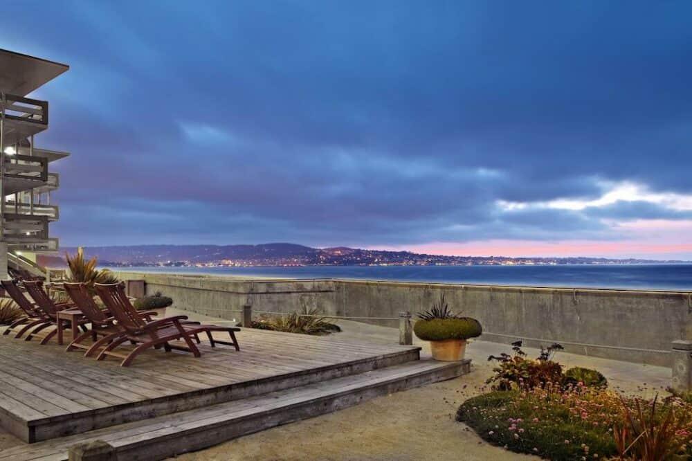 Couples Retreat Monterey