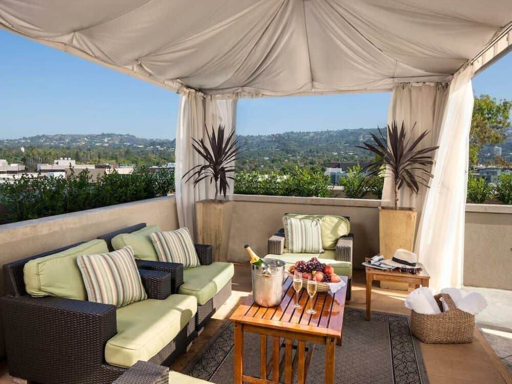 Couples retreat in Los Angeles