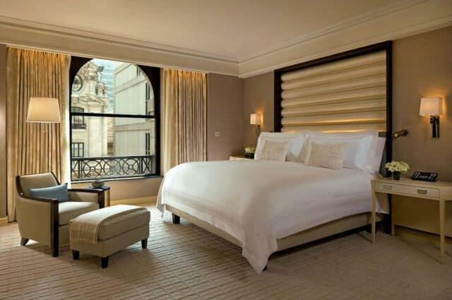 Four poster bed in New York