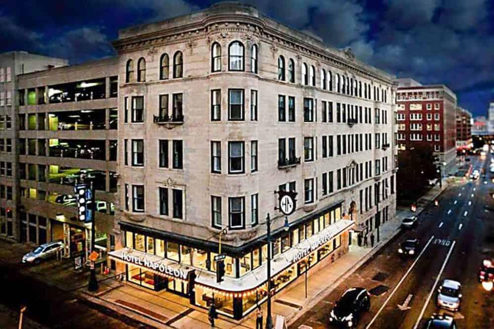 Memphis chic hotel