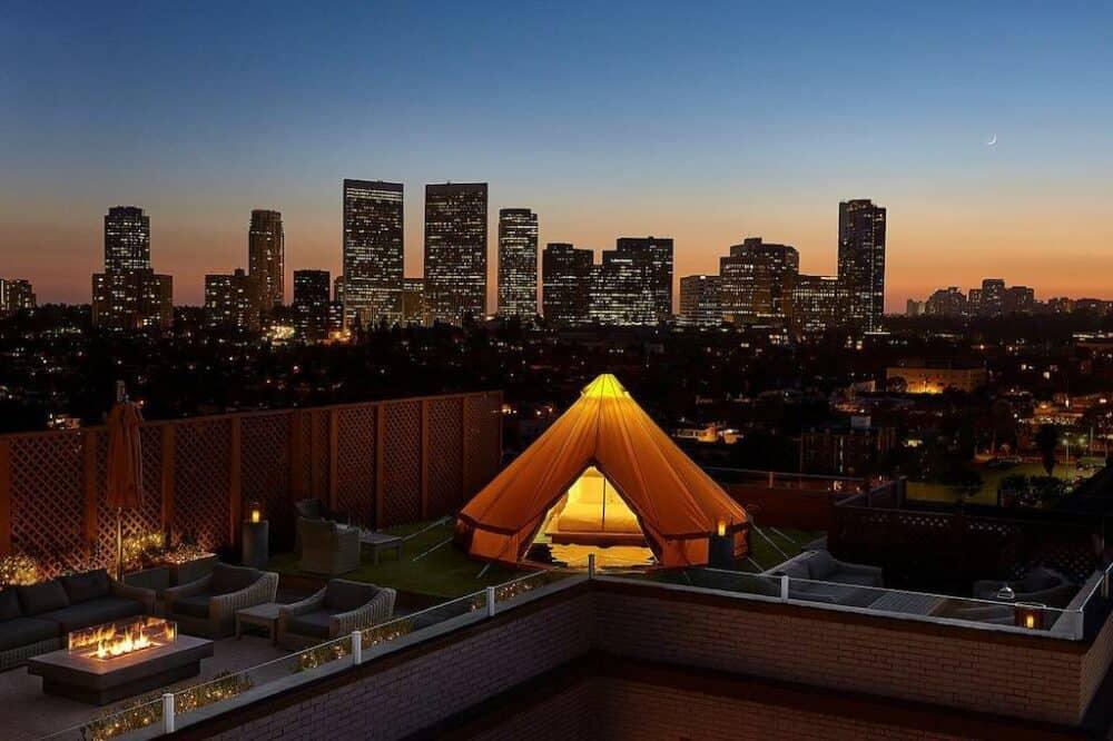 Romance in Los Angeles