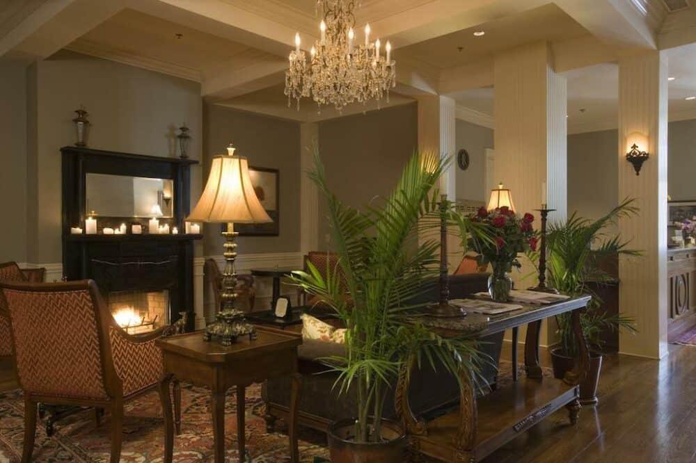 Romantic hotels in Memphis