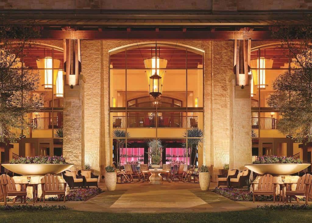 Romantic resort in San Antonio