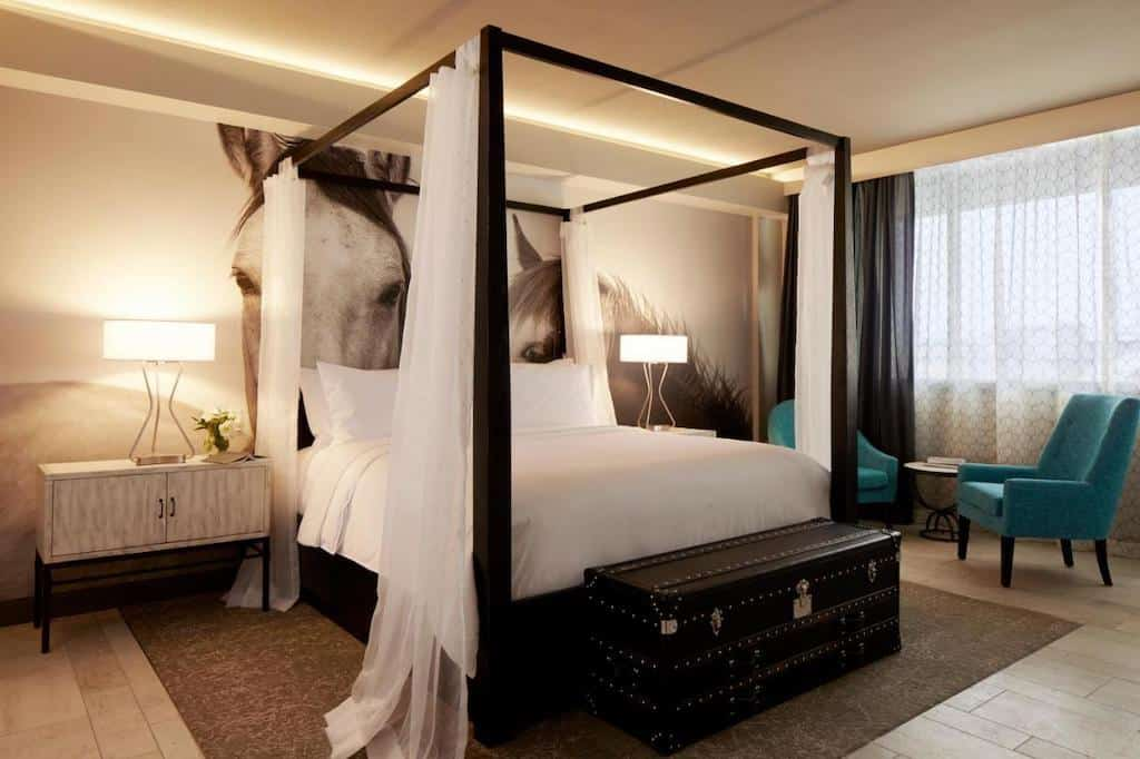 Four poster bed Austin