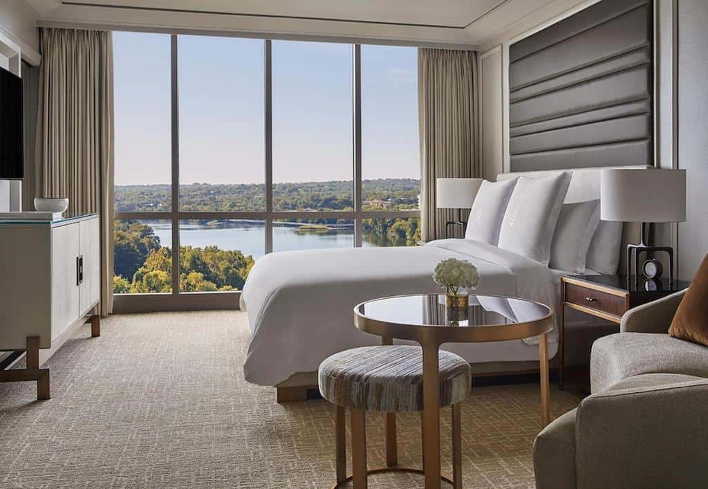 Hotel for Couples in Austin