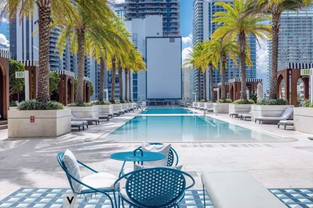 Couples accommodation in Miami