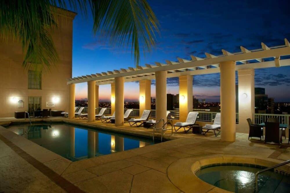 Couples vacation Miami