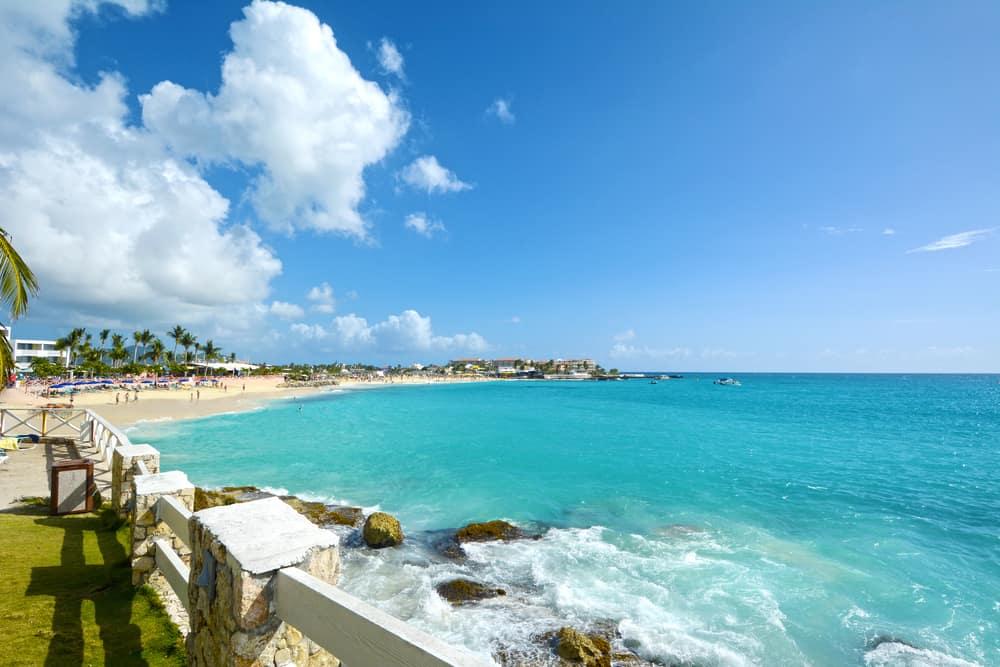 Kim Sha Beach Sint Maarten