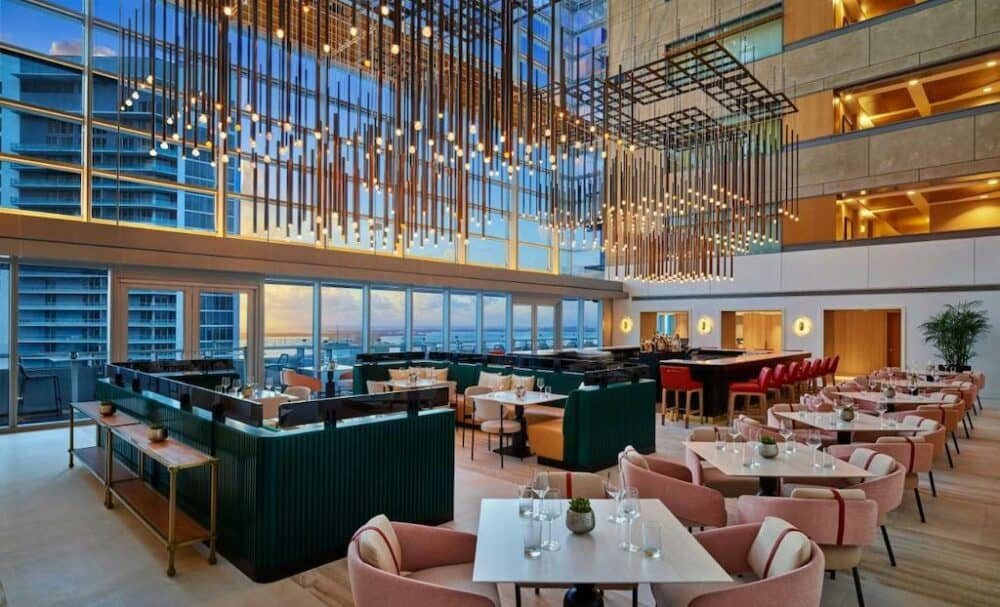 Modern and romantic hotel in Miami