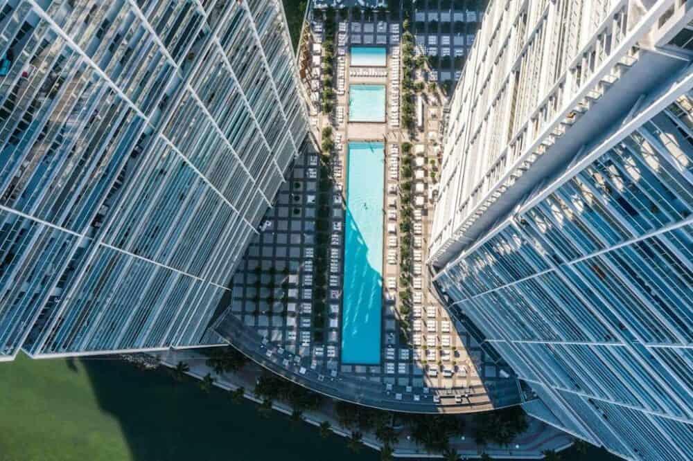 Modern romantic hotel in Miami