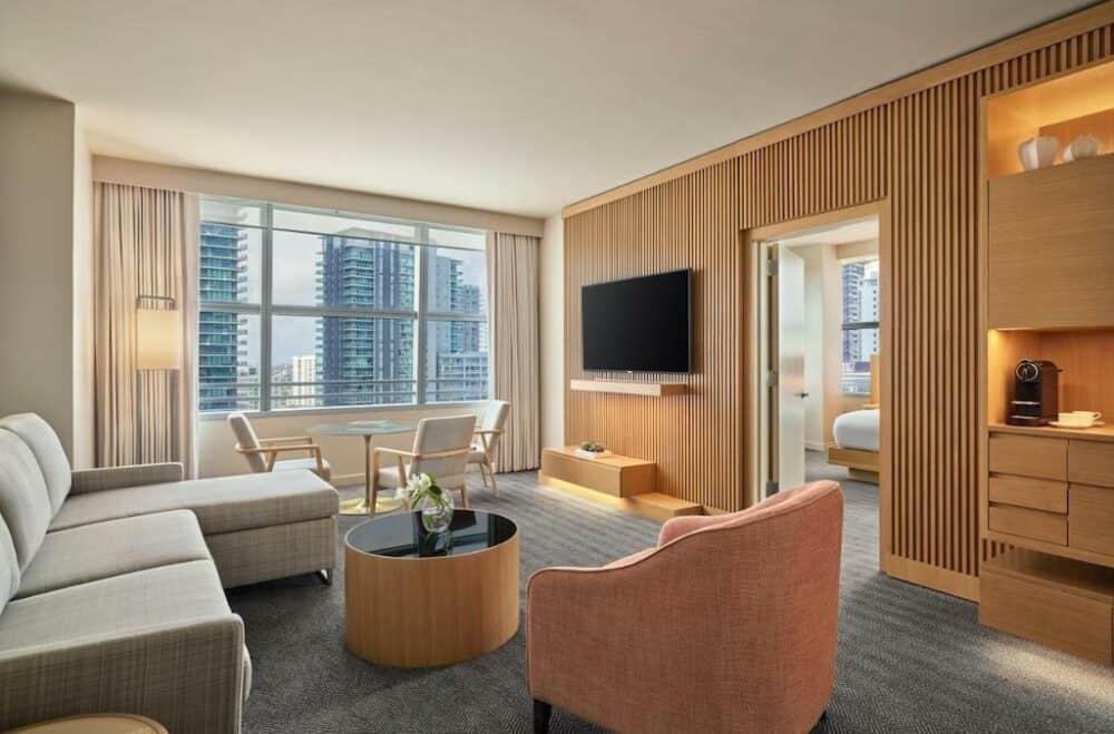 Romantic Miami Accommodation