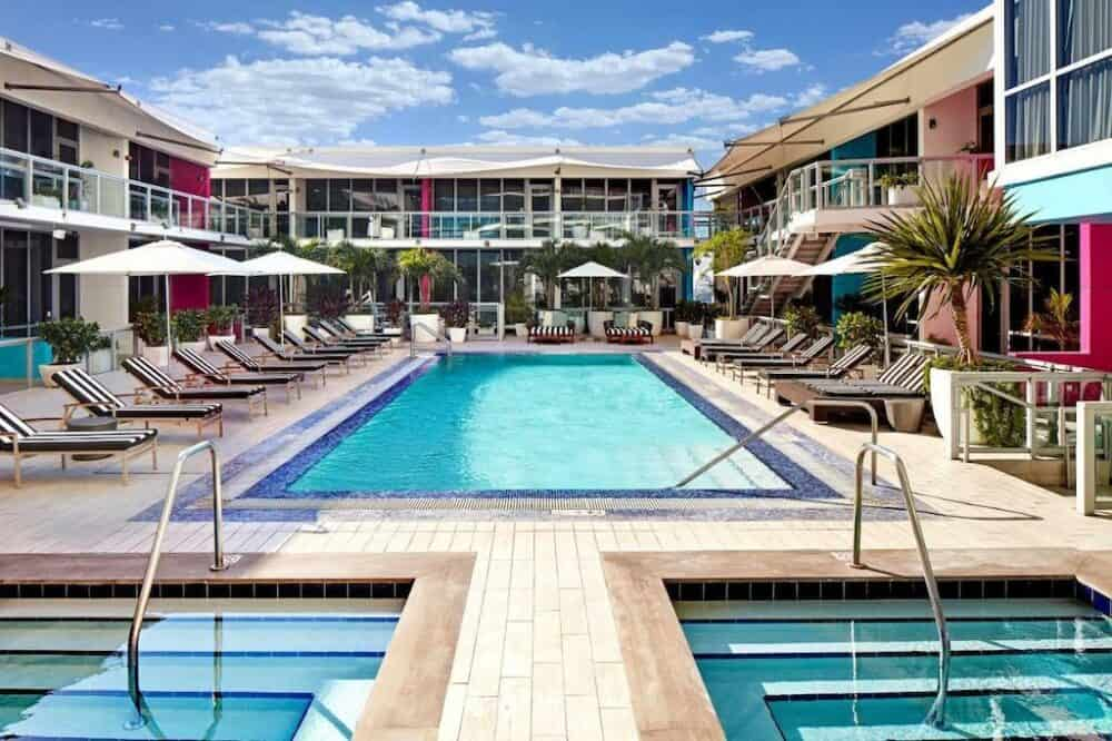Very romantic hotels in Miami