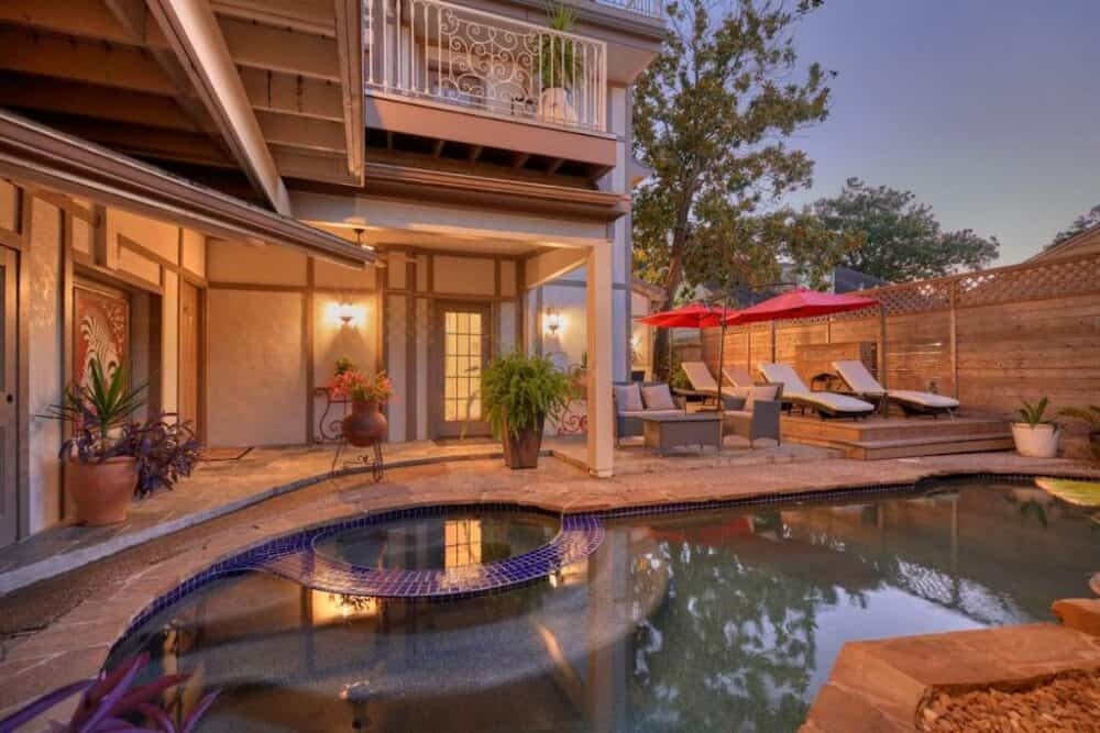 Quirky accommodation in Houston