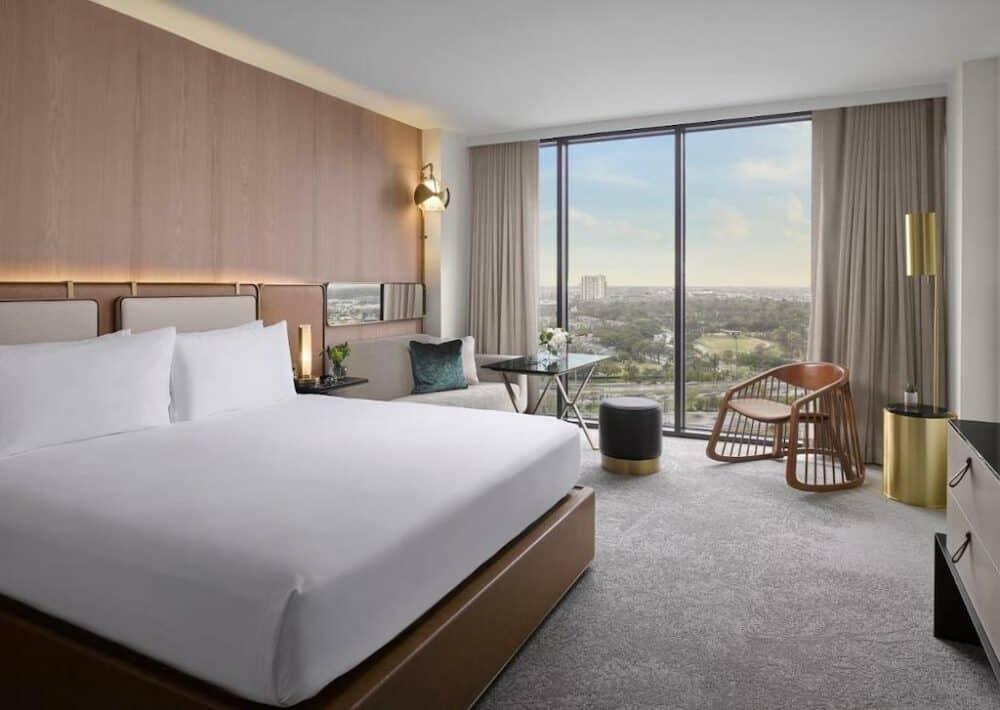 Retro modern hotel Houston