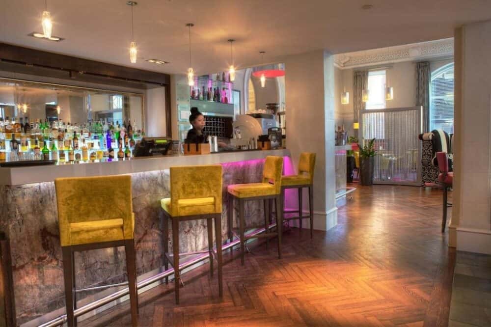 Vibrant and hip hotel in Glasgow